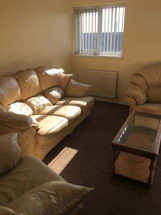 Thumbnail Flat to rent in St Helens Road, Swansea