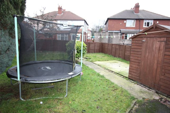 Picture No. 03 of Whitecote Hill, Leeds, West Yorkshire LS13