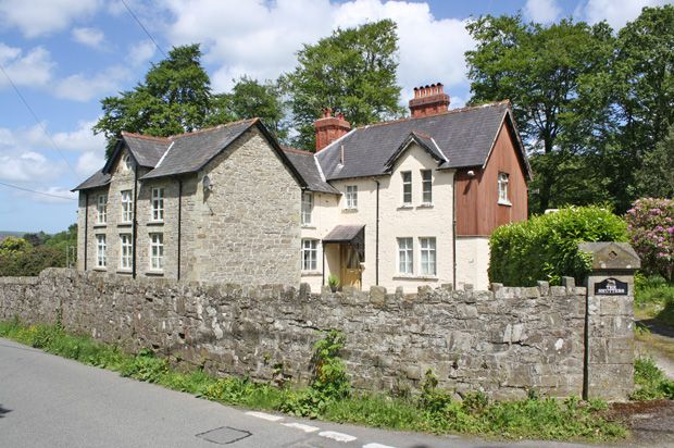 Thumbnail Country house for sale in Drefach Felindre, Llandysul, Carmarthenshire