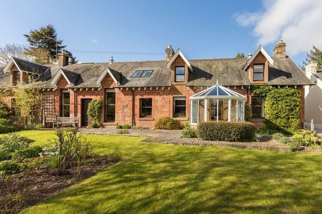 Thumbnail Semi-detached house for sale in Earlston