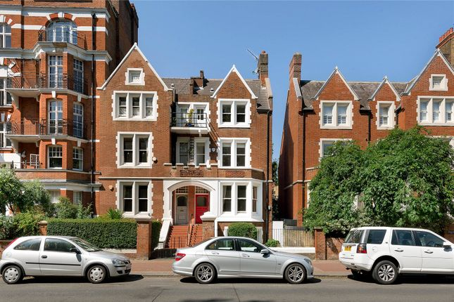 Thumbnail Flat for sale in Albert Bridge Road, Battersea, London