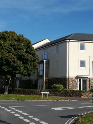 Thumbnail Flat to rent in Lulworth Drive, Plymouth