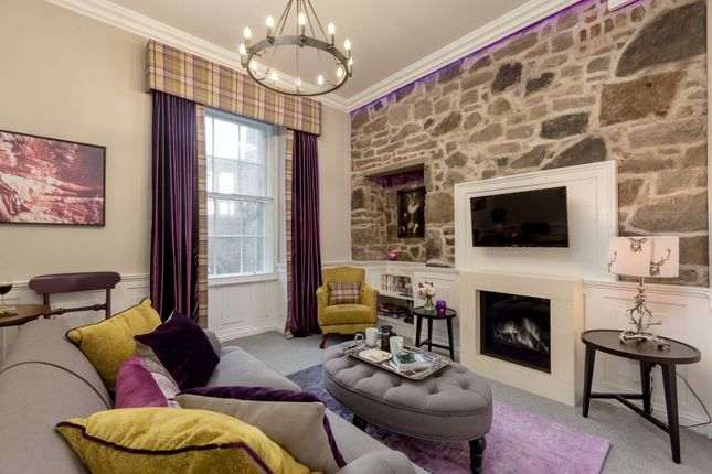 Thumbnail Flat for sale in 35/4 Leith Street, Leith