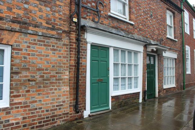 Thumbnail Cottage to rent in High Street, Hungerford, 0Na.