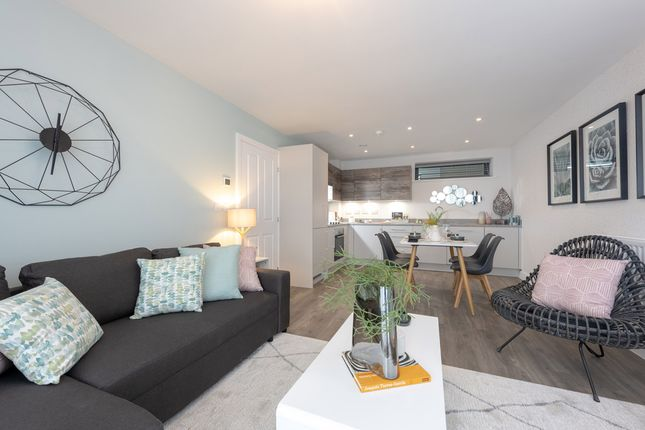 "Flat for sale in ""3 Bedroom Apartment"" at Mole Road, Hersham, Walton-On-Thames"