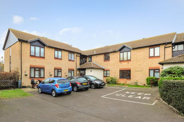 Thumbnail Flat for sale in Barrows Close, Birchington