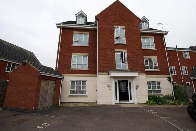 Thumbnail Flat to rent in Pilgrove Way, Cheltenham