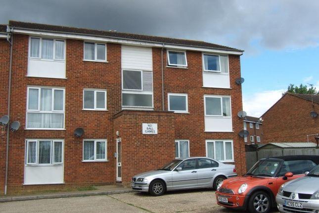 Thumbnail Flat to rent in Milton Dene, Woodhall Farm, Hemel Hempstead