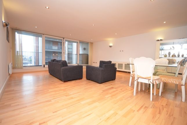 Thumbnail Flat to rent in 13 Western Gateway, London