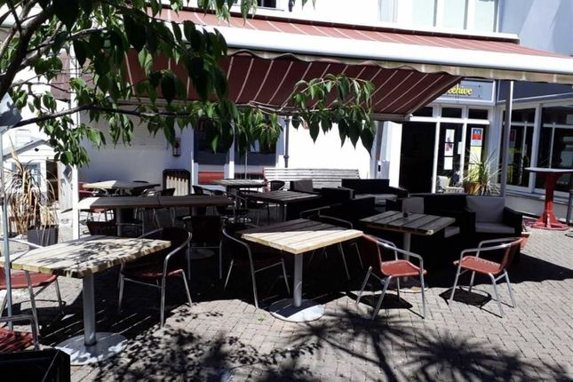 Thumbnail Restaurant/cafe for sale in The Beehive, The Piazza, Bodmin, Cornwall