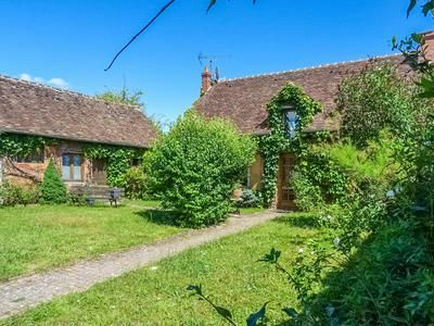 6 bed property for sale in Brinon-Sur-Sauldre, Cher, France