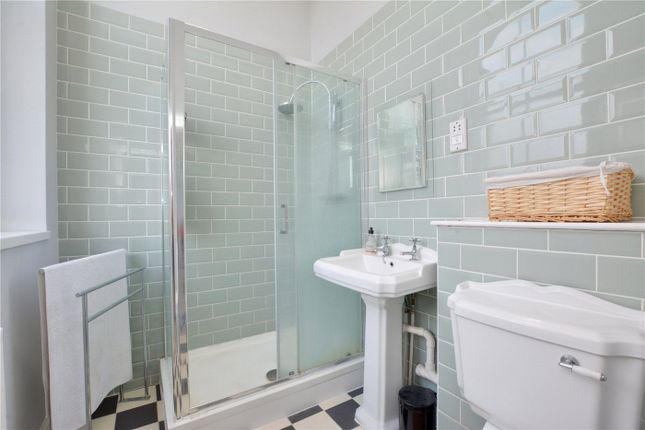 En-Suite of Galton House, 414 Shooters Hill Road, London SE18