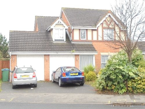 Thumbnail Detached house to rent in Brades Road, Oldbury