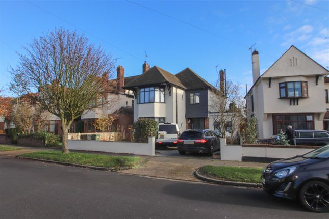 4 bed detached house for sale in Mannering Gardens, Westcliff-On-Sea SS0
