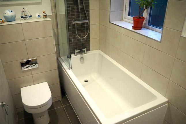 Bathroom of Oxford Street, Rugby CV21
