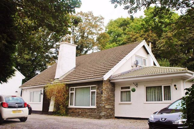 2 bed flat to rent in St. Florence, Tenby SA70