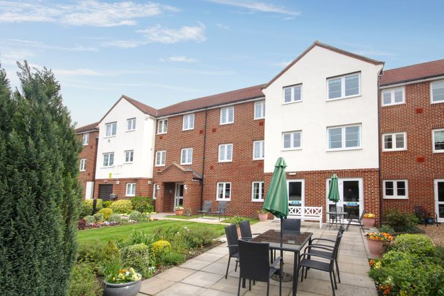 Property for sale in Bennett Court, Letchworth Garden City