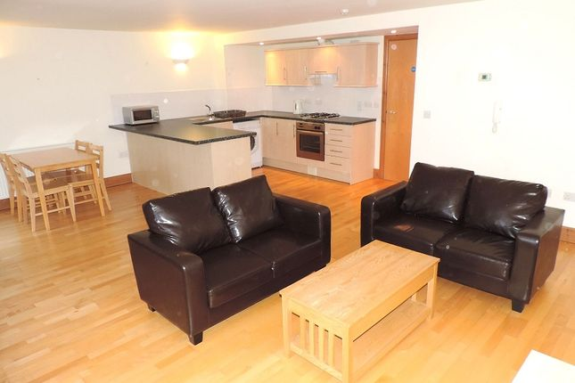 Thumbnail Flat to rent in 10 Agamemnon House, Nelson Quay, Milford Haven