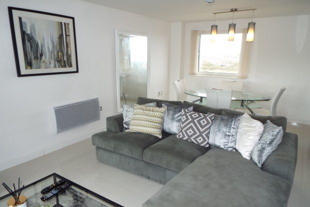 2 bed flat to rent in Victoria Wharf, Cardiff CF11