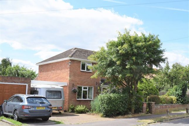 Thumbnail Detached house for sale in The Garth, Yarnton, Kidlington