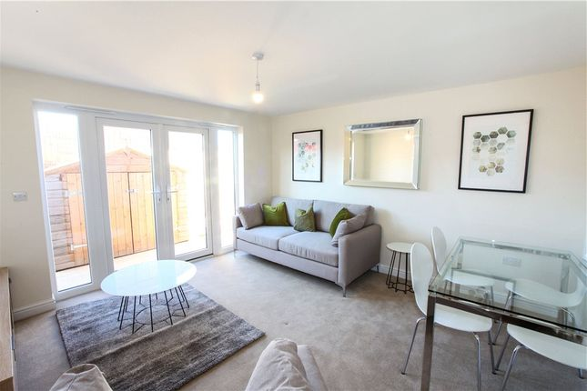 Living Room of 10 Parks Close, Hartford, Northwich CW8