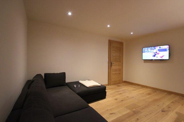 TV Room/4th Bedroom