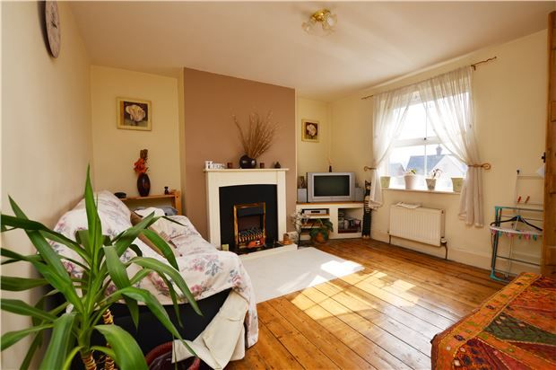 Thumbnail Semi-detached house for sale in Stratford Road, Stroud, Gloucestershire
