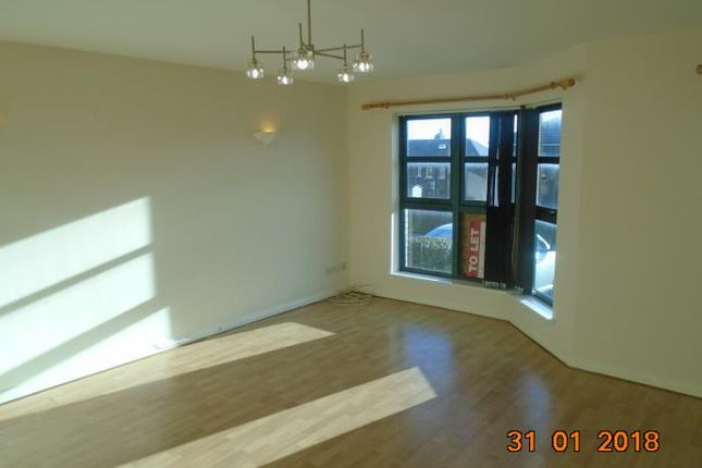 Thumbnail Flat to rent in Wishart Street, Dundee