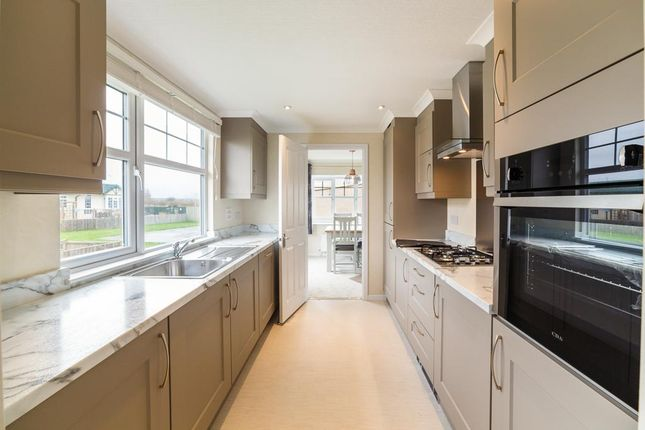 Thumbnail Mobile/park home for sale in Parkfield Park Farm, Park Lane, Wirral, Cheshire
