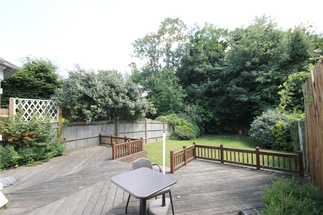 Thumbnail Town house to rent in St Davids Drive, Englefield Green