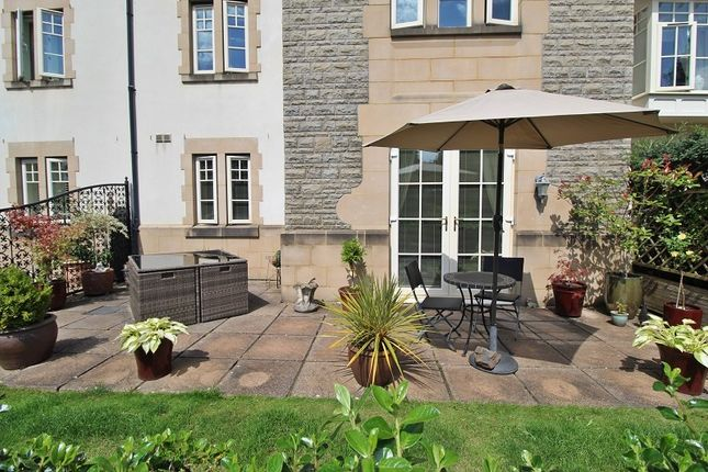 Flat for sale in Western Courtyard, Talygarn, Pontyclun, Rhondda, Cynon, Taff.