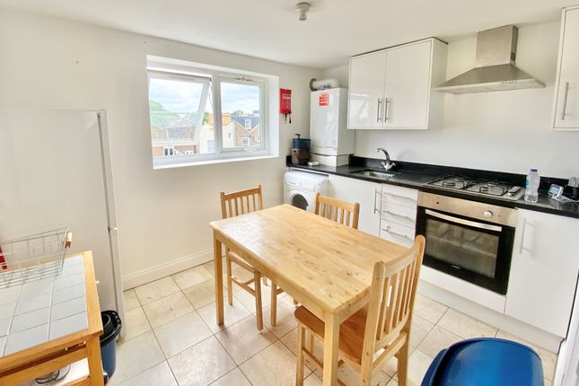 Thumbnail Flat to rent in Sussex Way, London