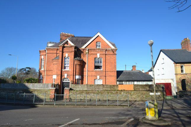 Thumbnail Studio to rent in 4 The Gables, Albert Villas, Barnstaple