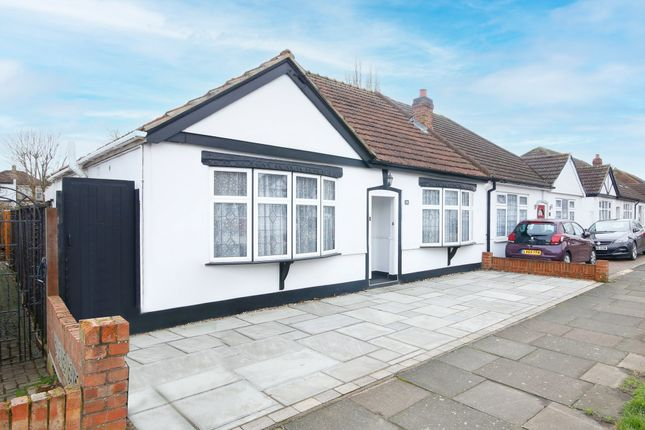 2 bed semi-detached bungalow for sale in Woodlands Avenue, Sidcup DA15