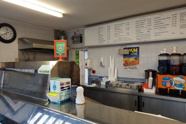 Thumbnail Restaurant/cafe for sale in Fish & Chips WF5, West Yorkshire