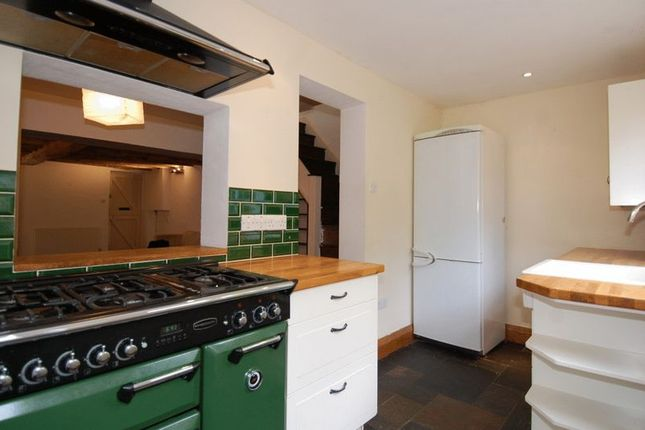 Kitchen of Canal Road, Thrupp, Kidlington OX5