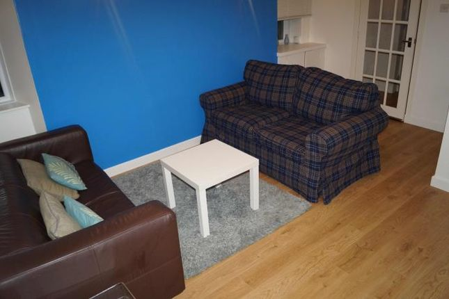 Thumbnail Flat to rent in North Deeside Road, Peterculter