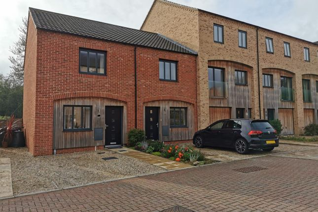 2 bed terraced house to rent in The Sidings, Norwich NR1