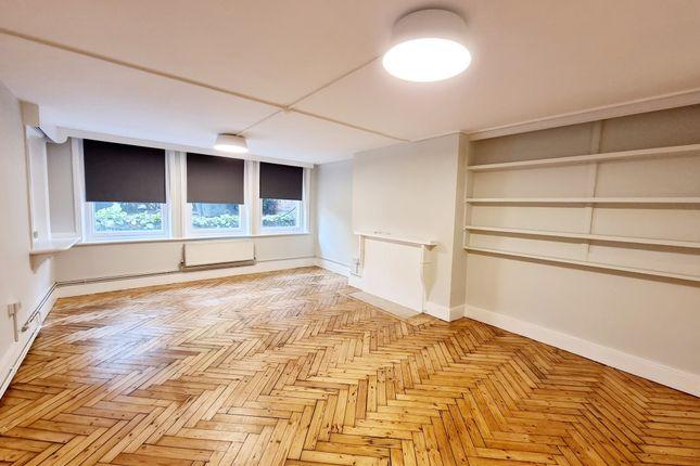 Flat to rent in Hornsey Lane, Highgate