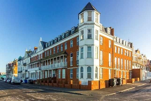 Main Picture of Lewis Crescent, Cliftonville, Margate CT9