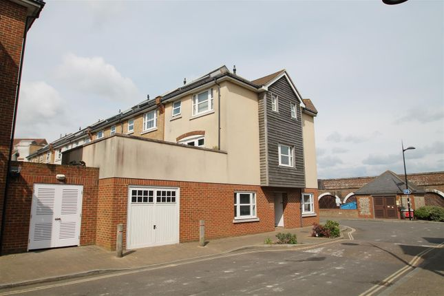 Thumbnail Terraced house to rent in Broad Reach, Shoreham-By-Sea