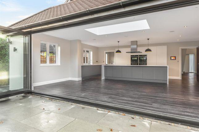 565421 (15) of Oak End Way, Woodham, Addlestone KT15