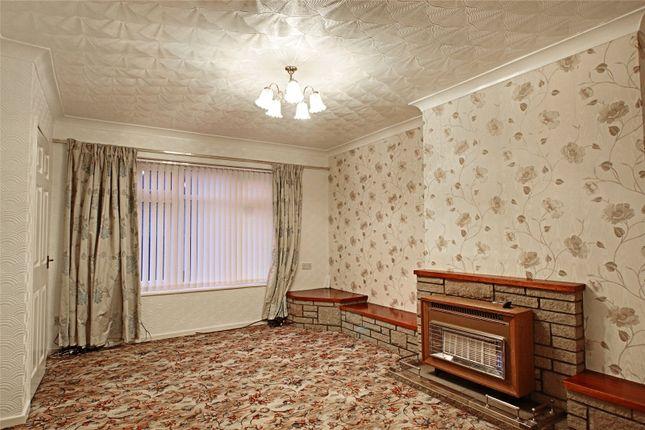 Picture No. 04 of Stalybridge Avenue, Hull, East Yorkshire HU9