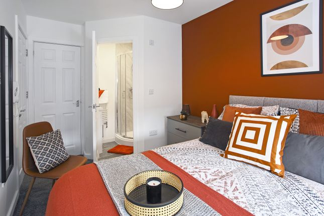 4 bed shared accommodation to rent in Huxley Street, Oldham OL4