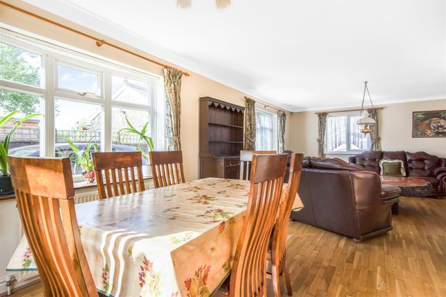 Dining Lounge of Church Street, Fenstanton, Huntingdon, Cambridgeshire PE28