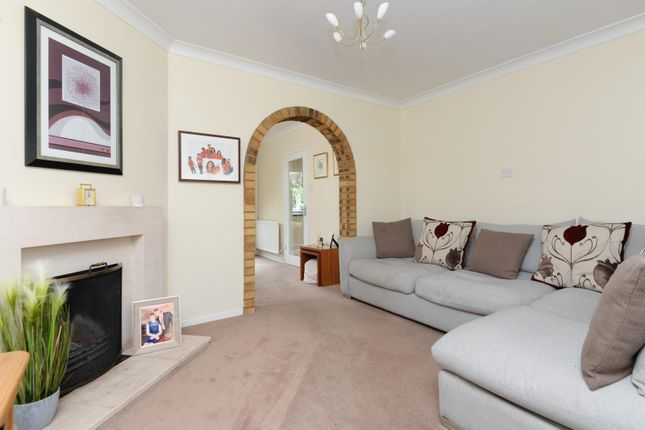 Living Room of Ross Gardens, Rough Common, Canterbury CT2