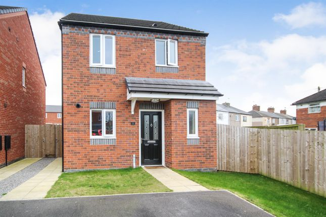 Thumbnail Detached house for sale in Sovereign Gardens, Selston, Nottingham