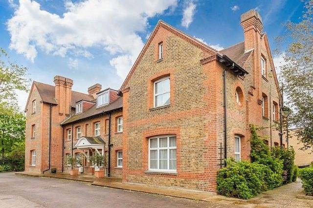 Thumbnail Flat to rent in Amherst Road, Ealing, London