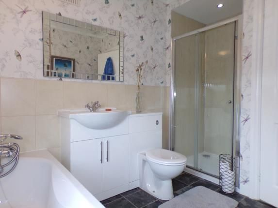 Bathroom of Redditch Road, Kings Norton, Birmingham, West Midlands B38