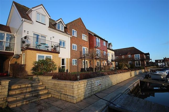 Thumbnail Flat to rent in West Quay, Abingdon-On-Thames
